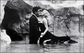 Frederico Fellini - Cenas do filme La Dolce Vita de 1960