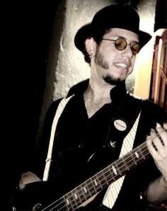 Thiago, da banda Babi Jaques e Os Sicilianos