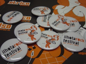 Boton Ilhota Rock Festival