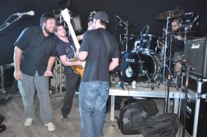 Banda Páginas em Branco em apresentação no Ilhota Rock Festival 2010